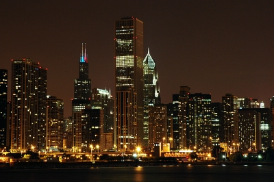 images-chicago-2005-chicago-by-night-2-700×700.jpg